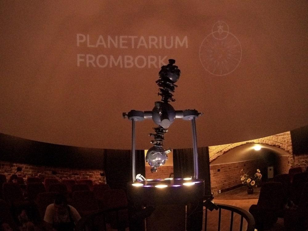 Wnętrze planetarium Frombork.